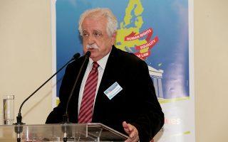 Επικεφαλής της επιτροπής για την ανασυγκρότηση της Εύβοιας τοποθετήθηκε ο Σταύρος Μπένος (φωτ. ΑΠΕ-ΜΠΕ/Παντελής Σαίτας).