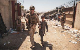 Sgt. Samuel Ruiz/U.S. Marine Corps/Handout via REUTERS