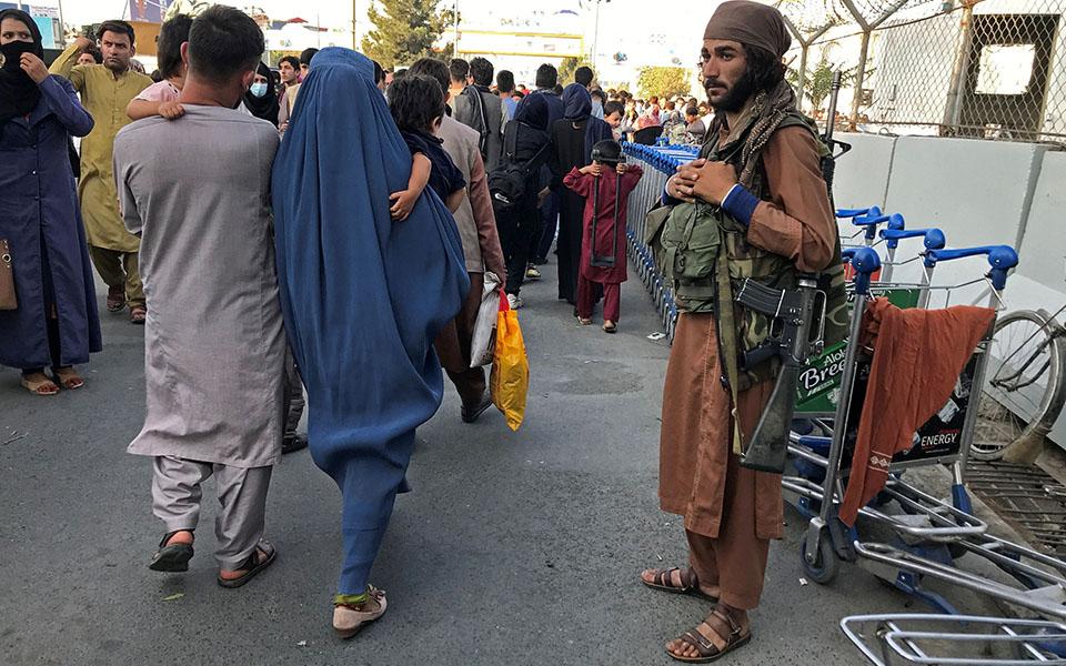 ston-elegcho-ton-talimpan-to-afganistan-dyo-dekaeties-meta-tin-anatropi-toys-apomakrynthikan-oi-perissoteroi-dytikoi-diplomates4