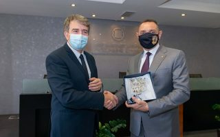 O υπουργός Προστασίας του Πολίτη, Μιχάλης Χρυσοχοΐδης, με τον υπουργό Εσωτερικών της Σερβίας Aleksandar Vulin.
