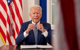 Tην ελπίδα για επανέναρξη των διαπραγματεύσεων εξέφρασε ο Αμερικανός πρόεδρος Τζο Μπάιντεν (φωτ. REUTERS/Evelyn Hockstein).