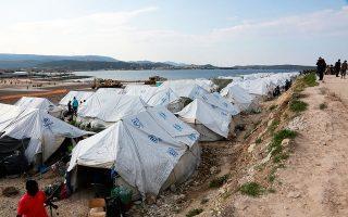 Τον περασμένο Ιούνιο το περιφερειακό γραφείο ασύλου Λέσβου απέρριψε το αίτημα διεθνούς προστασίας μιας οικογένειας Αφγανών. Τώρα η δευτεροβάθμια επιτροπή θα κληθεί να διαπιστώσει για ποιους λόγους εγκατέλειψαν οι συγκεκριμένοι Αφγανοί την πατρίδα τους και τι κινδύνους αντιμετωπίζουν εκεί (φωτ. INTIME NEWS).