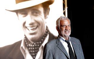 Αξεπέραστος ηθοποιός του κινηματογράφου, πρωταγωνιστής σε περισσότερες από 80 ταινίες σε 60 χρόνια καριέρας, ο Γάλλος Ζαν-Πολ Μπελμοντό έφυγε από τη ζωή σε ηλικία 88 ετών (φωτ. AP Photo/Laurent Cipriani).
