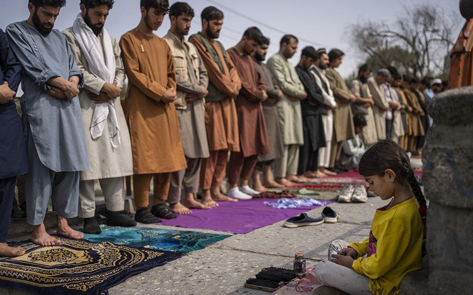 afganistan-i-zoi-sti-skia-ton-talimpan-vinteo21