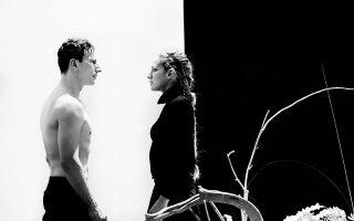 Ο Μ. Σαράντης και η Στ. Γουλιώτη σε σκηνή από τη «Φαίδρα».