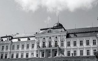 90-chronia-prin-7-9-19310