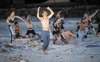 Το σατυρικό δράμα του Σοφοκλή «Ιχνευταί» στο Ηρώδειο, σε σκηνοθεσία Μιχαήλ Μαρμαρινού (φωτ. THOMAS DASKALAKIS).