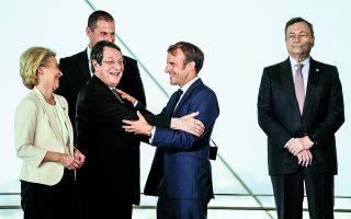Στη σύνοδο G7 στη Βρετανία τον Ιούνιο, ο Τζο Μπάιντεν δήλωνε ότι «η Αμερική επέστρεψε» και μιλούσε για την ανάγκη μετώπου δημοκρατικών χωρών εναντίον αυταρχικών καθεστώτων. Η σημερινή αδιαφορία του για την Ευρωπαϊκή Ενωση προκαλεί ερωτήματα. Φωτ. ASSOCIATED PRESS