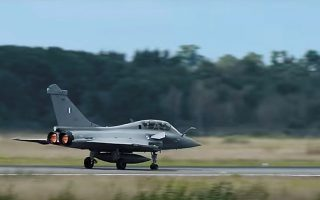 Οι πιλότοι των Ραφάλ εκπαιδεύονται στη γαλλική βάση Μερικιάν.