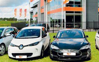 H LeasePlan διαπιστώνει το διεθνές πρόβλημα της έλλειψης ημιαγωγών, που οδηγεί σε σημαντικές καθυστερήσεις στην παραγωγή αυτοκινήτων παγκοσμίως.