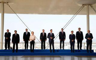 Τον συντονισμό της δράσης τους για την αντιμετώπιση της κλιματικής αλλαγής αποφάσισαν οι εννέα ηγέτες του ευρωπαϊκού Νότου, που συμμετείχαν μαζί με την πρόεδρο της Ευρωπαϊκής Επιτροπής, Ούρσουλα φον ντερ Λάιεν, στη χθεσινή σύνοδο EUMED 9 στην Αθήνα (φωτ. AP Photo/Thanassis Stavrakis).