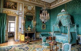 Δωμάτιο του Hôtel de la Marine μετά την αποκατάσταση. Οι κορυφαίοι τεχνίτες της Γαλλίας συνεργάστηκαν για να επαναφέρουν το κτίριο στο αλλοτινό μεγαλείο του. (Φωτογραφίες: James Hill, © 2021 The New York Times Company).