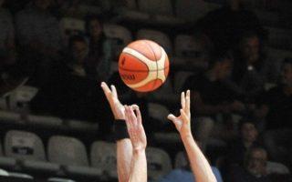me-to-olympiakos-aek-archizei-i-basket-league0