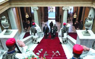 Τον κ. Στέβο Πενταρόφσκι υποδέχθηκε χθες στο Προεδρικό Μέγαρο η κ. Κατερίνα Σακελλαροπούλου, στο πλαίσιο της επίσημης επίσκεψης του προέδρου της Βόρειας Μακεδονίας στην Ελλάδα. (ΑΠΕ-ΜΠΕ)