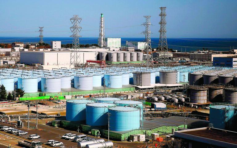 Οι πολέμιοι της πυρηνικής ενέργειας υποστηρίζουν πως η καταστροφή του 2011 στη Φουκουσίμα της Ιαπωνίας δεν ήταν παρά μόνον η πλέον πρόσφατη, που μας θυμίζει πόσο επικίνδυνοι είναι οι πυρηνικοί αντιδραστήρες. (REUTERS)