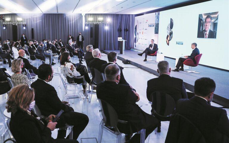 Το μέλλον της ενέργειας ήταν το θέμα της συζήτησης που είχε χθες ο πρωθυπουργός Κυριάκος Μητσοτάκης με τον οικονομολόγο Τζέφρι Σακς, στο πλαίσιο του συνεδρίου «1st Καθημερινή ESG Summit». (SOOC)