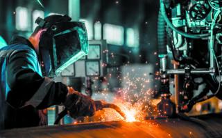 Εξασθένηση επιχειρηματικών προσδοκιών στη βιομηχανία και πτώσηκαταναλωτικής εμπιστοσύνης δείχνουν τα στοιχεία της έρευνας οικονομικής συγκυρίας που διενεργεί το ΙΟΒΕ. (SHUTERSTOCK)