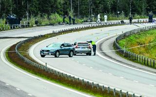Δεν υπάρχει καμία υπόνοια εγκληματικής ενέργειαςπίσω από το αυτοκινητικό δυστύχημα, σύμφωνα με εκπρόσωπο της σουηδικής αστυνομίας. (EPA/JOHAN NILSSON)