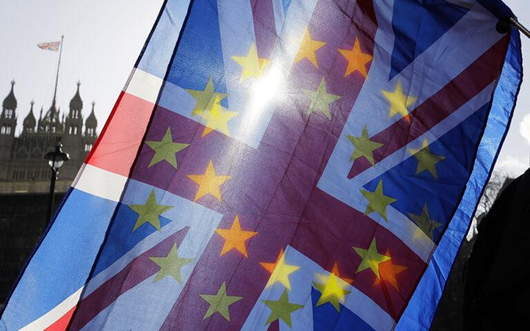 sti-vretania-espeiran-anemoys-me-to-brexit-tora-therizoyn-thyelles-561521812