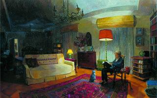Στο έργο της Λήδας Κοντογιαννοπούλου «Μεγάλο εσωτερικό νυχτερινό» εικονίζεται η Αννα Λόντου να διαβάζει, μόνη, απέναντι σε έναν καναπέ, όπου δεν κάθεται κανείς, με το μελιχρό φως που διαχέεται από το πορτοκαλί λαμπατέρ και το κίτρινο αμπαζούρ, ενώ στα πόδια της παρακολουθεί με προσήλωση, μόνος ακροατής, η γάτα του σπιτιού. Φωτ. ΕΚΘΕΣΗ «ΤΟ ΣΠΙΤΙ ΤΗΣ ΜΝΗΜΗΣ» / ΜΟΥΣΕΙΟ ΜΠΕΝΑΚΗ / ΠΙΝΑΚΟΘΗΚΗ ΓΚΙΚΑ