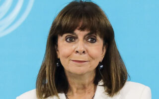 Η Κατερίνα Σακελλαροπούλου.