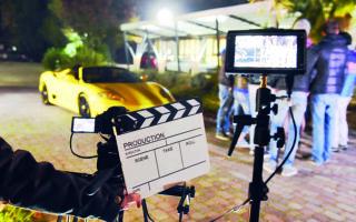 Τα οικονομικά οφέλη από την ανάπτυξη της κινηματογραφικής βιομηχανίας μεγιστοποιούνται εάν ληφθεί υπόψη η επίδραση στον τουρισμό από την προβολή των περιοχών όπου πραγματοποιούνται τα γυρίσματα. Φωτ. SHUTTERSTOCK