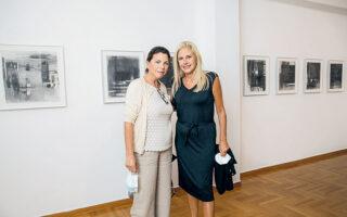 Ζωή Χιώλου (αριστερά) και Μαρία Φιλοπούλου (φωτ. PANOULIS PHOTOGRAPHY).