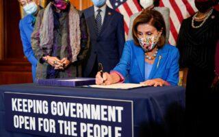 Η Δημοκρατική πρόεδρος της αμερικανικής Βουλής των Αντιπροσώπων Νάνσι Πελόσι (φωτ.: Reuters).