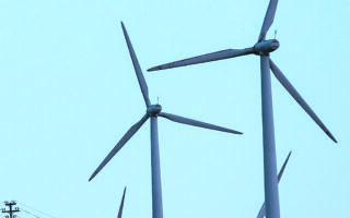 Οι ανεμογεννήτριες περιλαμβάνονται στις τεχνολογίες που συμβάλλουν στη μείωση των ρύπων. (INTIME NEWS)